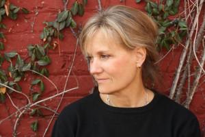 Lynda headshot by Jessica Tampas